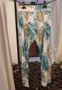 """Pantalon """"Meryline"""" en voile de coton imprimé, lien et élastique à la taille, INDE - Prix de vente : 35€."""