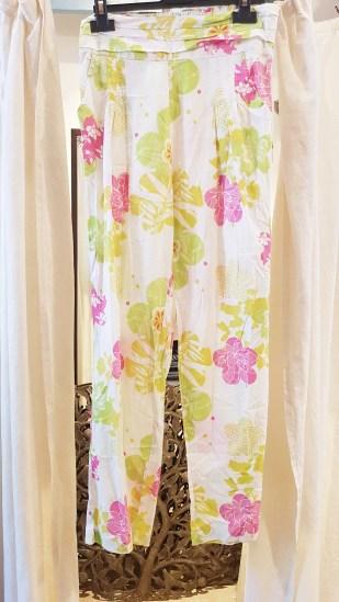"""Pantalon """"Floral"""" en voile de coton imprimé, INDE - Prix de vente : 30€."""