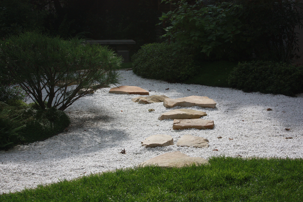 Paysagiste jardins zen jardins du japon et d 39 ailleurs for Paysagiste jardin japonais