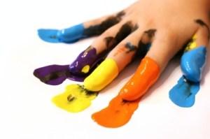 Teknik Lukis Jari (finger painting) aman pada anak-anak