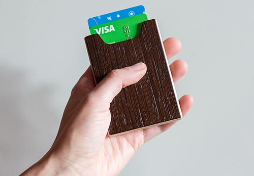 Puinen korttikotelo / Wooden card holder