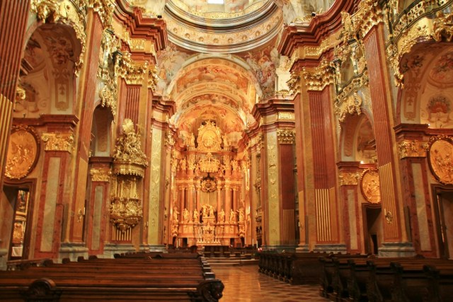 Melk Abbey Church width
