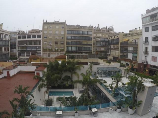 courtyard behind Indigo Barcelona Hotel