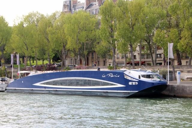 Le Paris on the Seine River