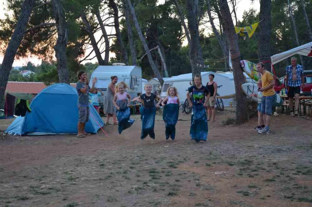 Kinderbetreuung Familienurlaub