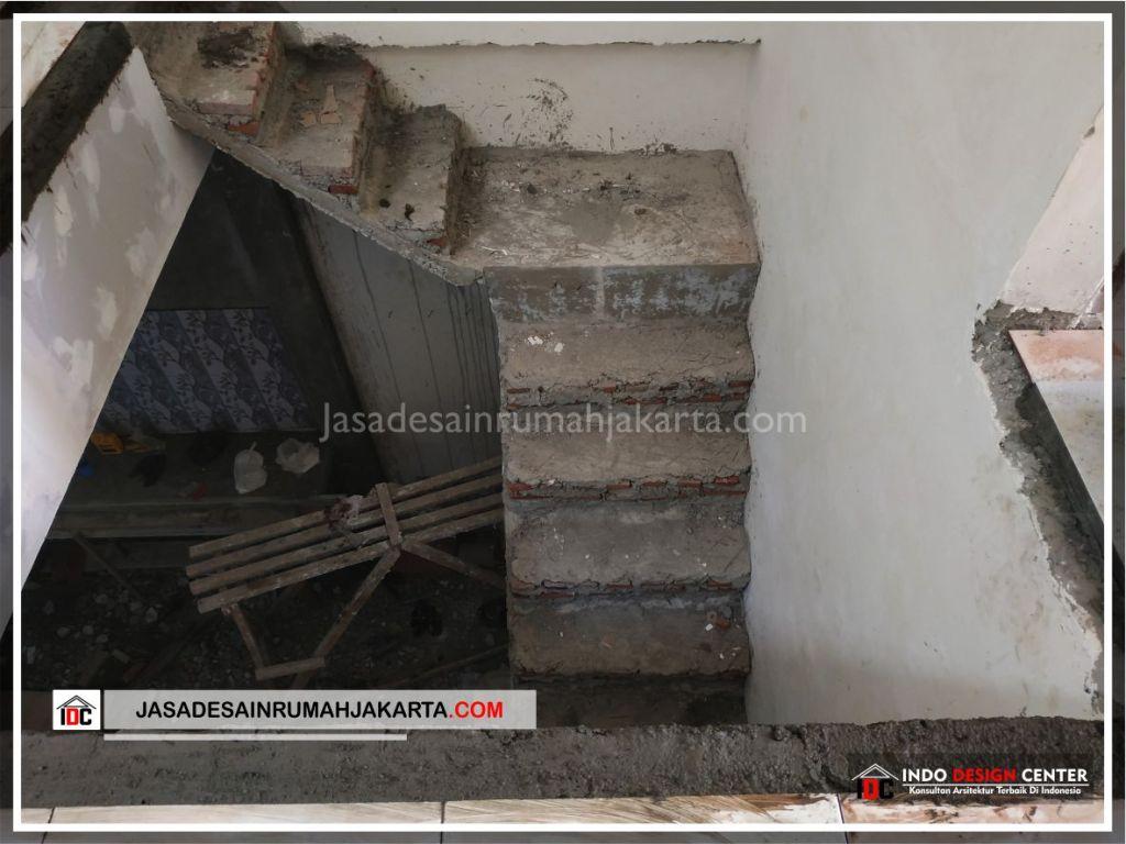 Kontruksi Tangga Rumah Bpk Tarsi-Arsitek Gambar Desain Rumah Minimalis Modern Di Tangerang-Jakarta-Surabaya-Bekasi-Bandung-Jasa Konsultan Desain Arsitek Profesional 1