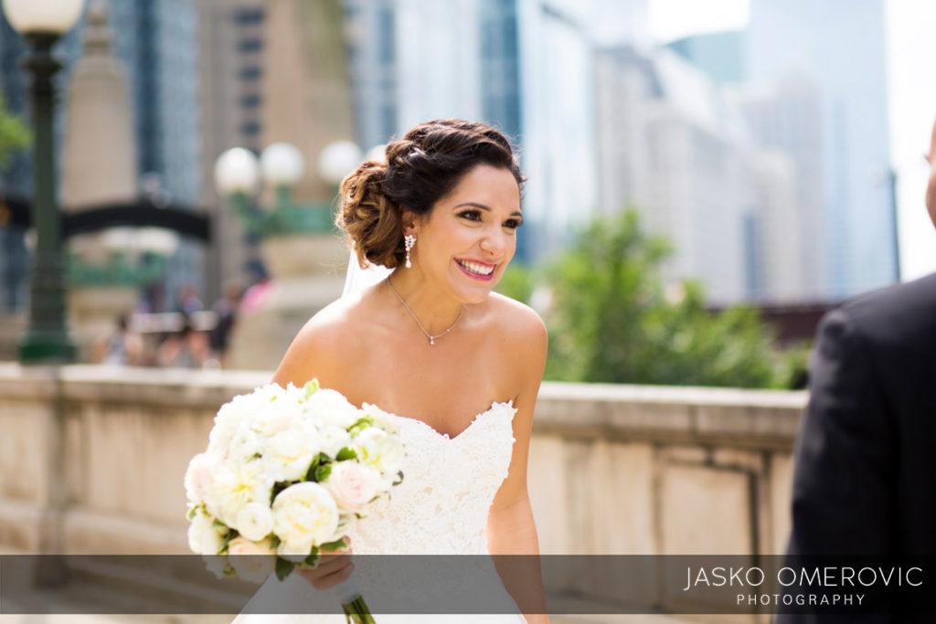 chicago-wedding-photographer-wyndgam-hotel-river-front-3