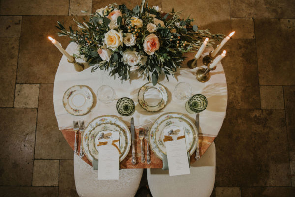 galleria marchetti wedding details sweetheart table
