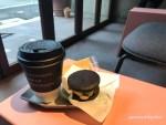 【福岡市博多区 カフェ】「TIMEZ espresso bar &(タイムズエスプレッソバーアンド)」クッキーサンドと読書を楽しむアートなカフェ。
