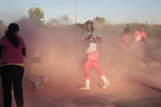 Pink runner - Color Run