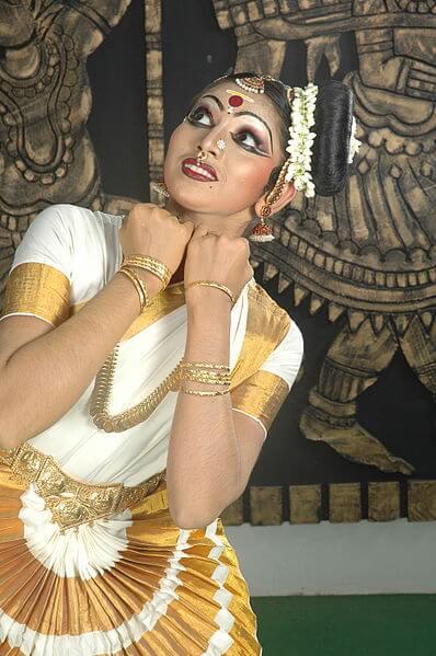 Mohiniyattam from Kerala. Dances of India