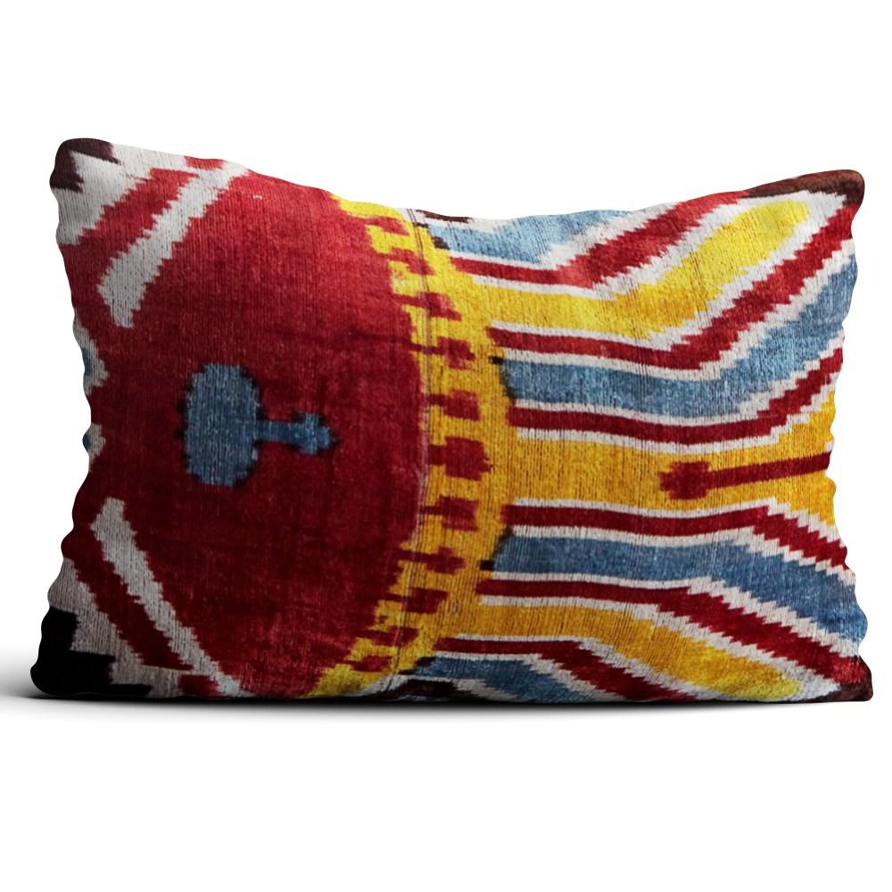 0557-silk-velvet-pillow