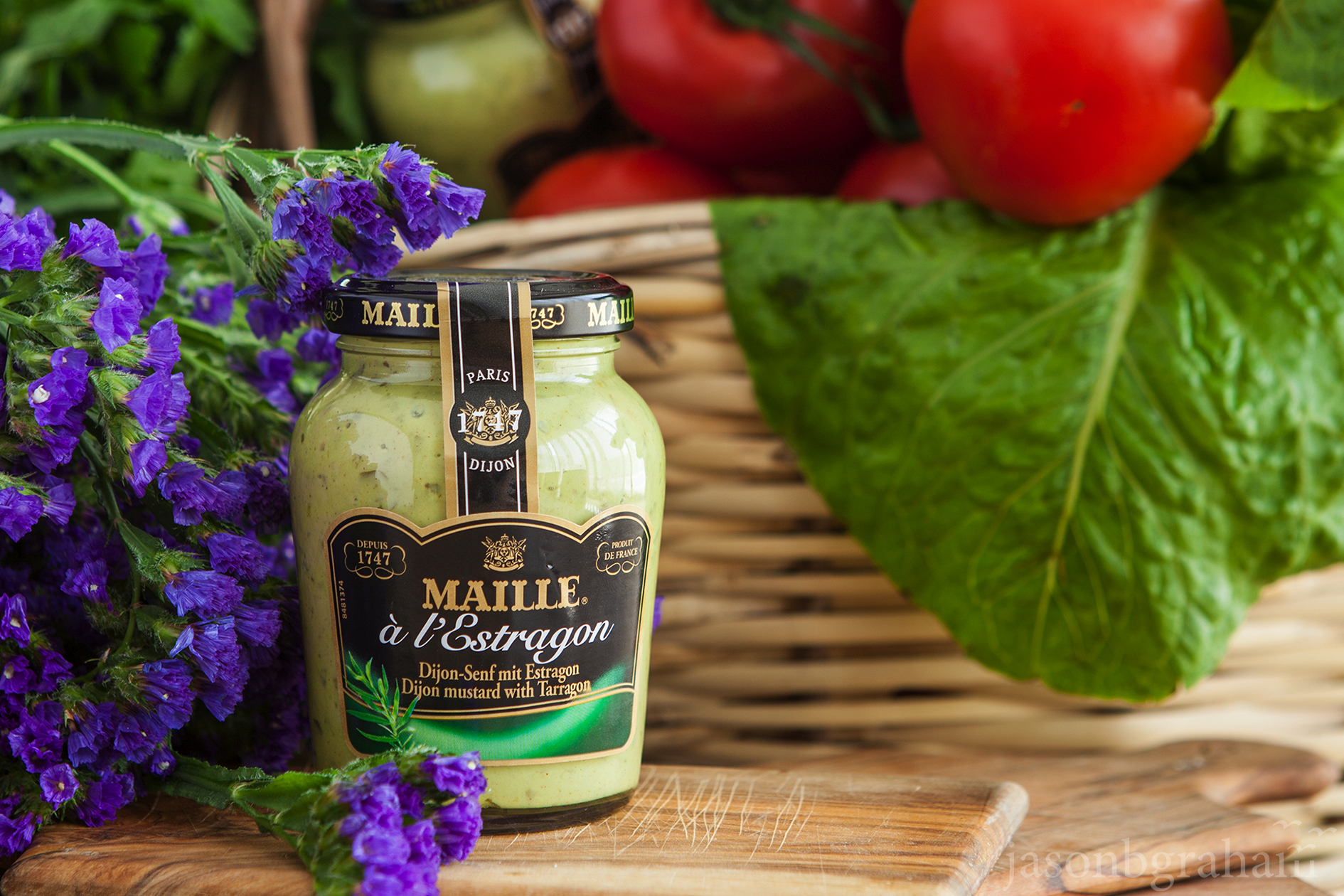 maille-estragon-with-flowers