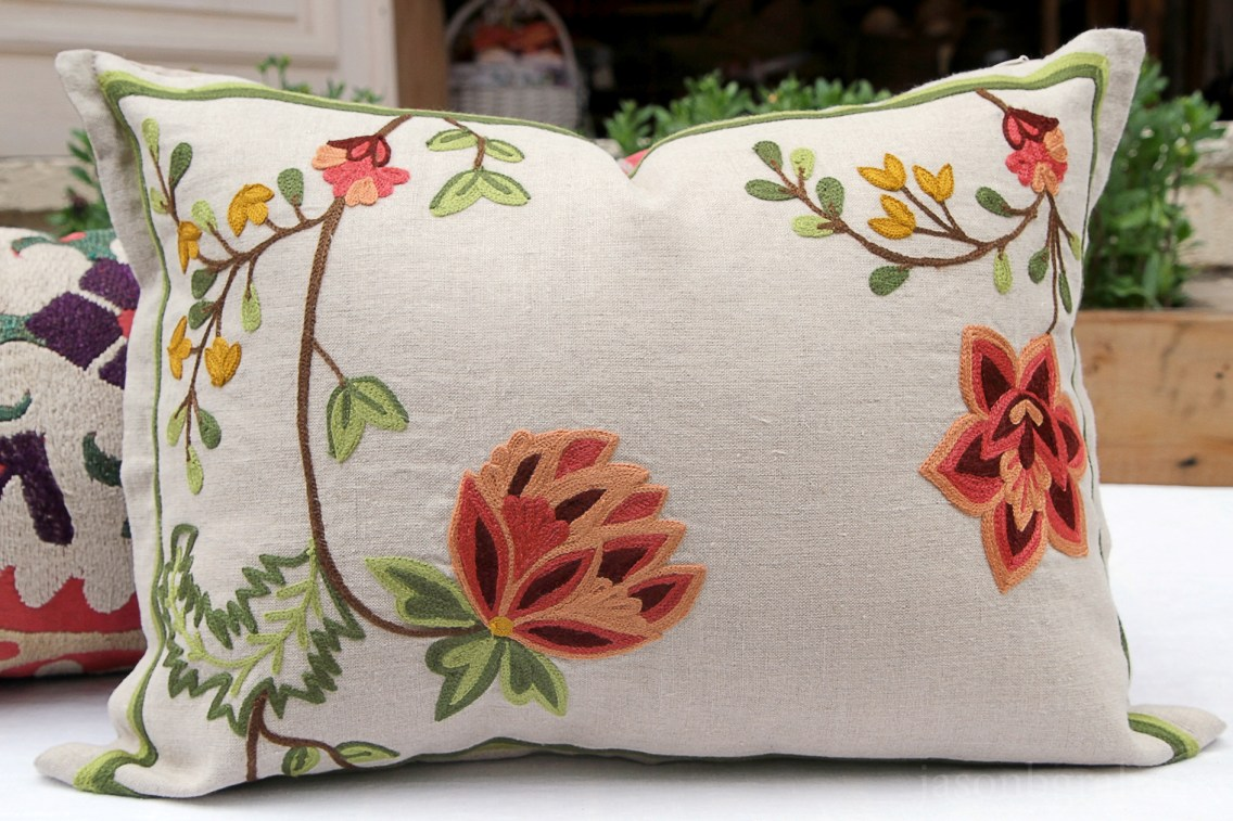 RH2-0009-FF-embroidered-pillow-1