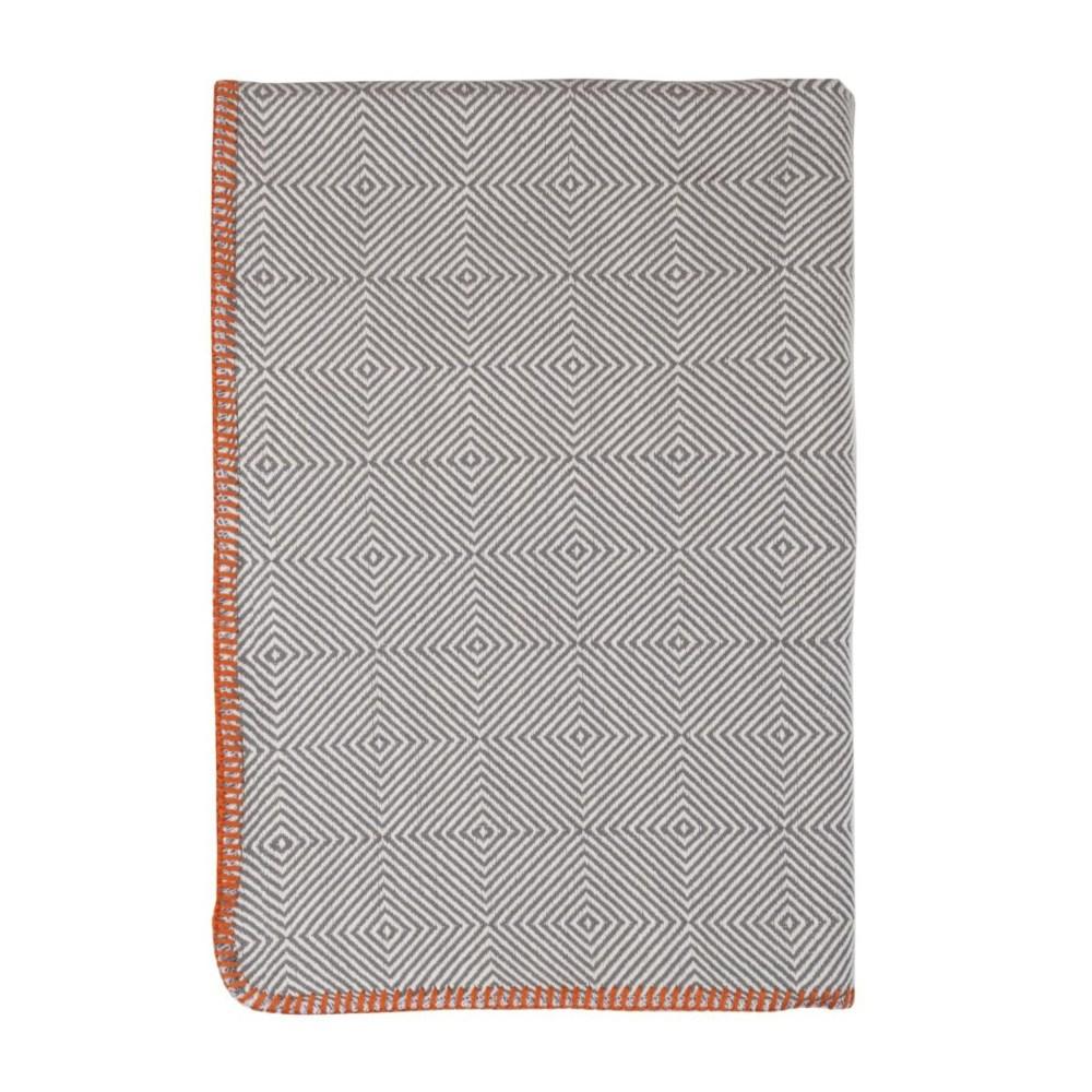tetra-throw-light-gray-square-0001