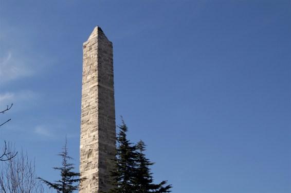 hippodrome-obelisk-of-constantine-porphyrogenitus
