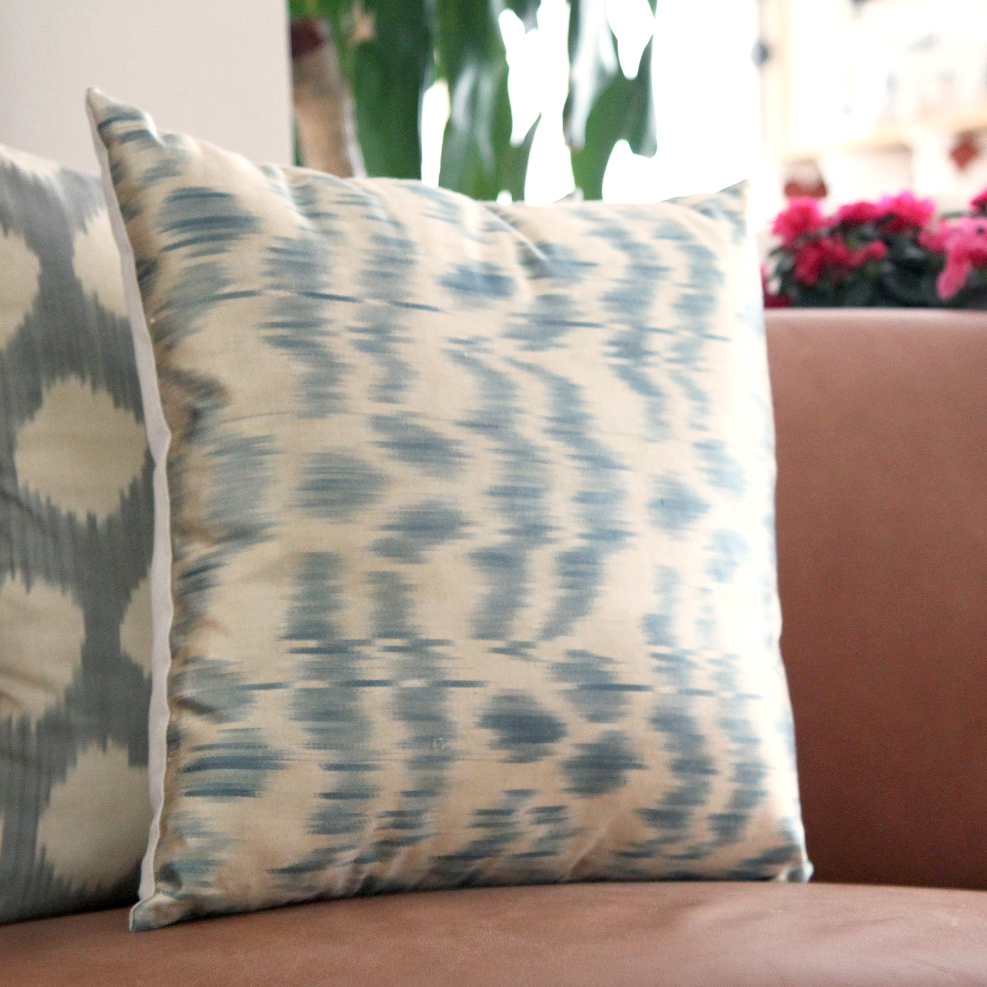 7494-silk-ikat-pillow