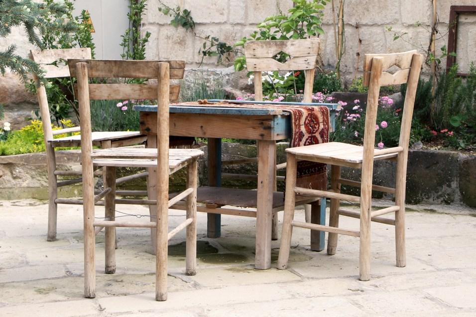 aya-kapadokya-outdoor-spaces-garden