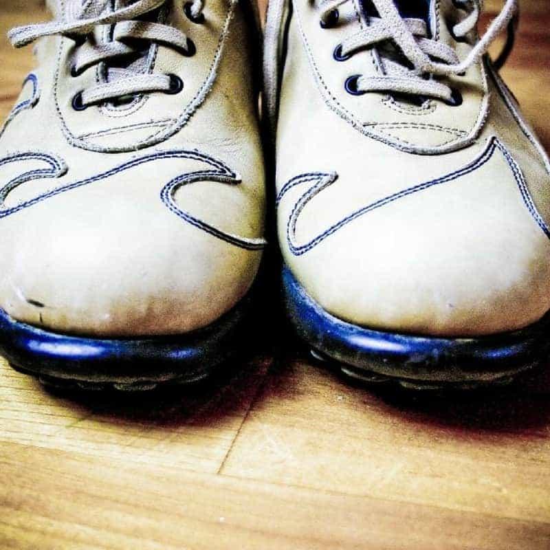 Dr. Jason Carthen: Time Traps, Bowling Shoes
