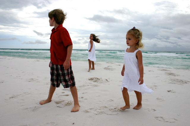 (our last night there, we took some special pics of the kids on the beach)