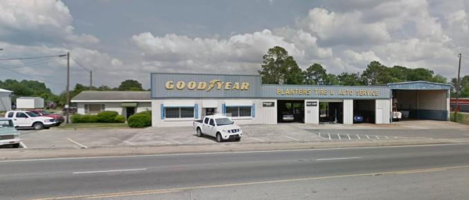 South Georgia Lube and Tire Center in Fitzgerald, Georgia