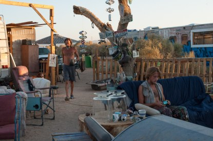 As the summer sun rises over the Chocolate Mountains, the temperature quick rises. The morning and early evening hours are the best hours to get work done in the camp. Slab City, California 2018