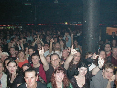 concrete blonde crowd, brisbane, 2002