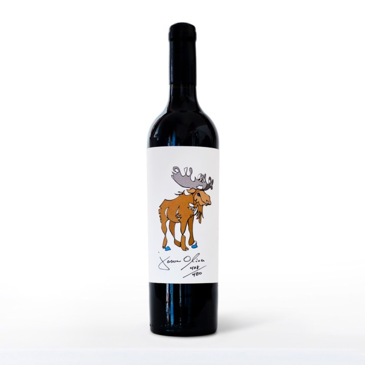 jason moose bottle on white w blue reflection