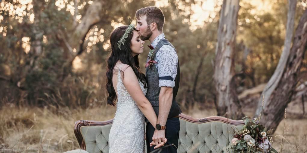 Albury Wodonga Wedding Photography by Award Winning Wedding Photographer Jason Robins