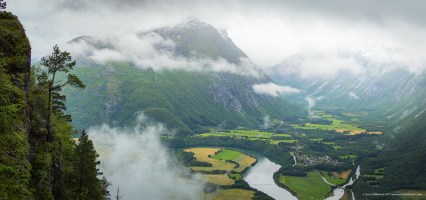 MOUNTAIN VALLEY IN NORWAY.