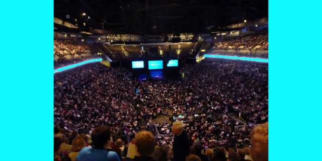 You Are Not Alone: The Berkshire Hathaway Annual Meeting
