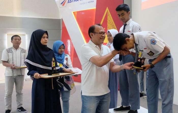 Ini Lho Pemenang Kontes Mekanik Astra Motor Jateng