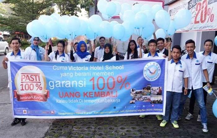 Lulusan Victoria Hotel School Otomatis Tersertifikasi Kompetensi Profesi