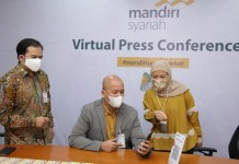 Pegawai Mandiri Syariah Salurkan 26.600 Paket Bantuan untuk Masyarakat Terdampak Covid-19 di Seluruh Indonesia