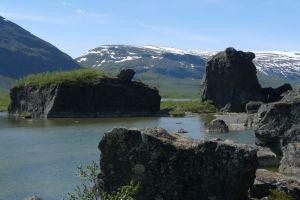 Stenar i dalen