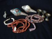 Tibetan practice items, malas and Dung-Dkar