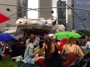 Chicago fights the weather