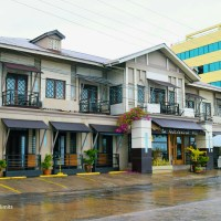 La Residencia Al Mar Hotel:A convenient HOTEL in DUMAGUETE CITY with a HOMEY atmosphere.