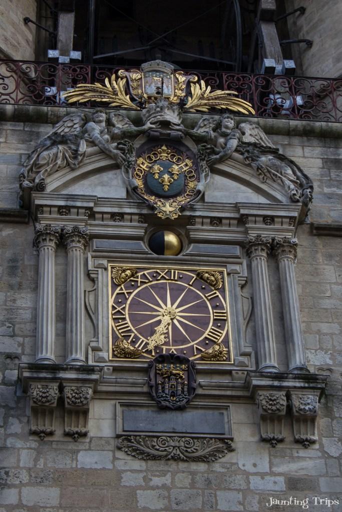 grosse-cloche-clock