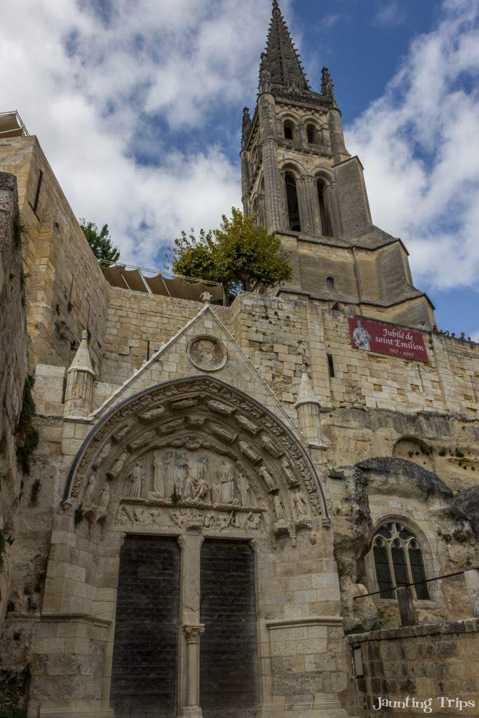 monolithic-church-saint-emilion