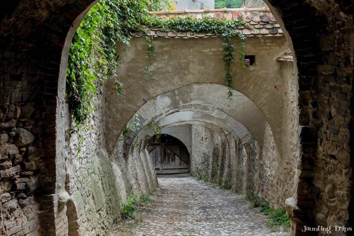 biertan-church-access-way