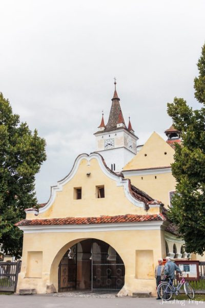 harman-fortified-church-entrance