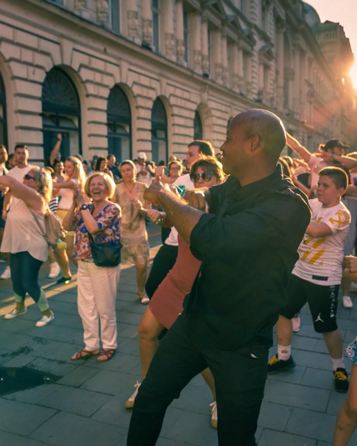 Bucharest dances in the street