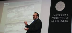 Javier Peris en la Universidad Politécnica de Valencia impartiendo formación de COBIT 5 el Marco de Negocio para el Gobierno y la Gestión de Tecnologías de la Información de ISACA