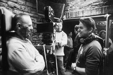 Anthony-Hopkins-and-John-Demme-on-Silence-of-the-Lambs