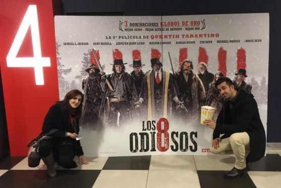 "En el cine, para ver ""Los Odiosos Ocho"" (""The Hateful Eight"", 2015)"