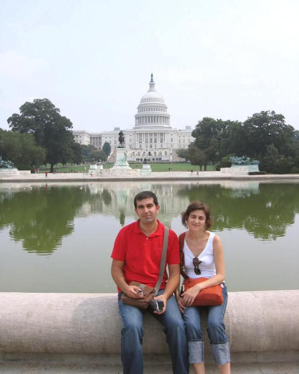 Bonita estampa de la fuente del Capitolio de Washington D.C.