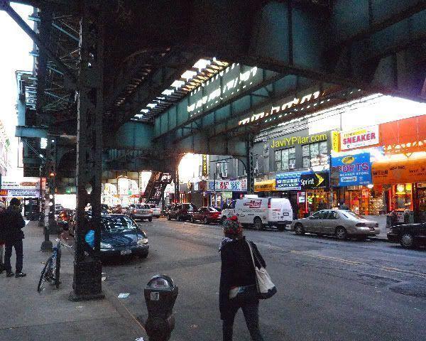 Aspecto de Brooklyn. Visitando el barrio judío jasídico de Brooklyn (Nueva York) en Sabbath.
