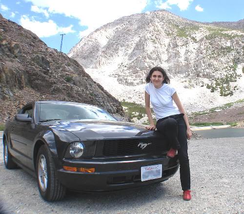 Pilar y el Mustang en 2008