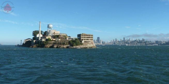 Llegando a Alcatraz en barco (Agosto 2013)